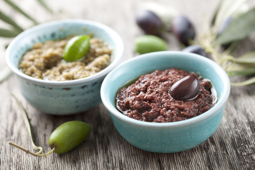 Black and green olive dips