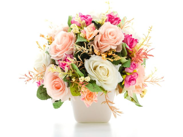 Fresh cut flower arrangement