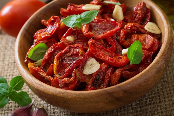 Herbed Sun-Dried Tomatoes in Oil