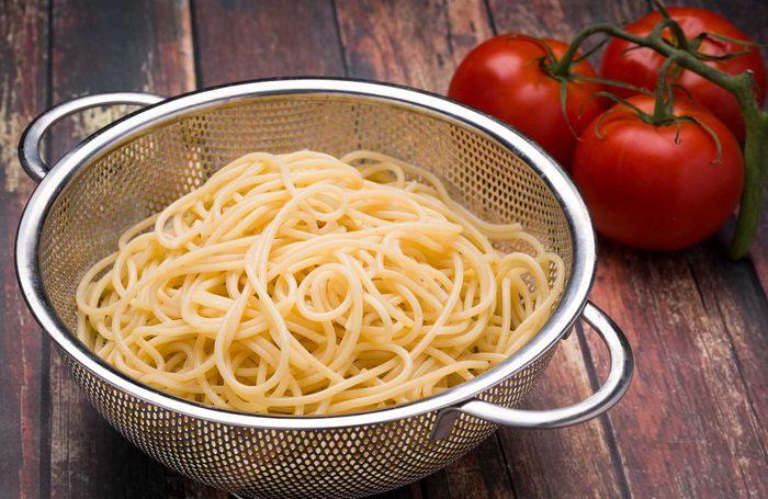 Use Colanders to Heat Pasta