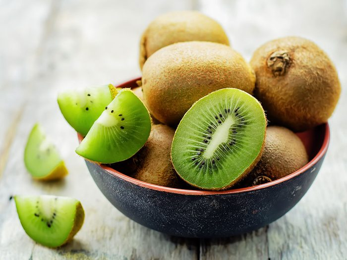 Kiwi fruit in bowl