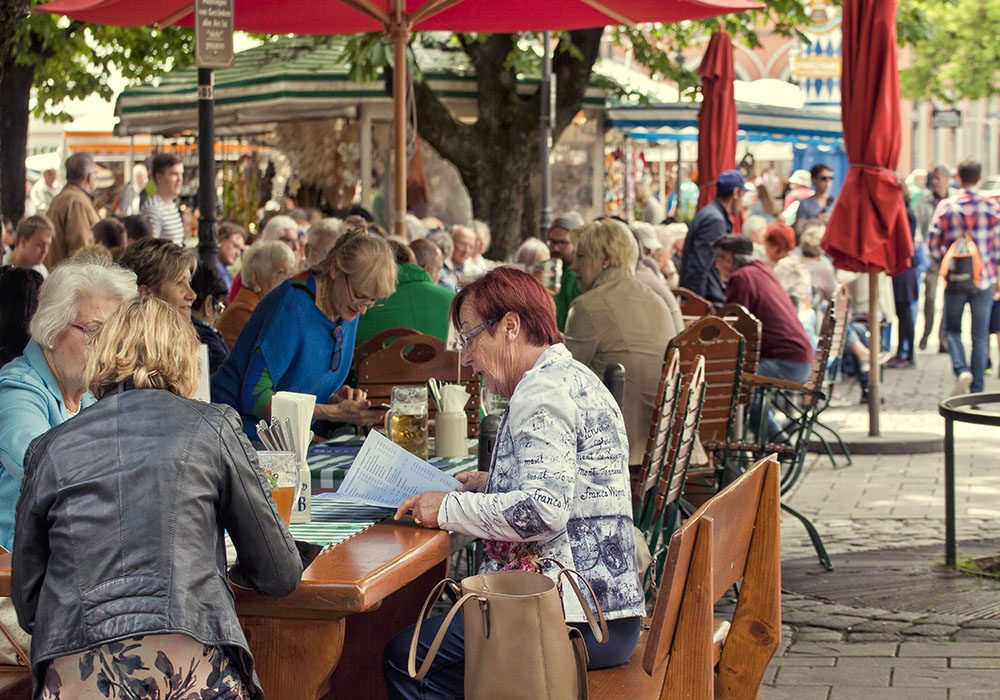 things-to-do-in-munich-beer-gardens