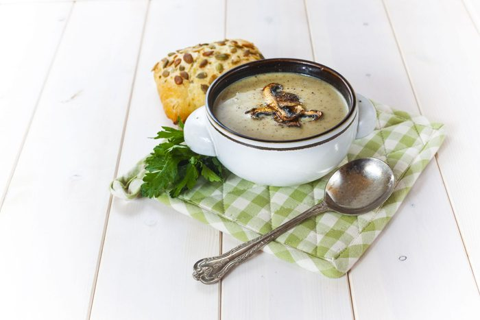 Chestnut and mushroom soup