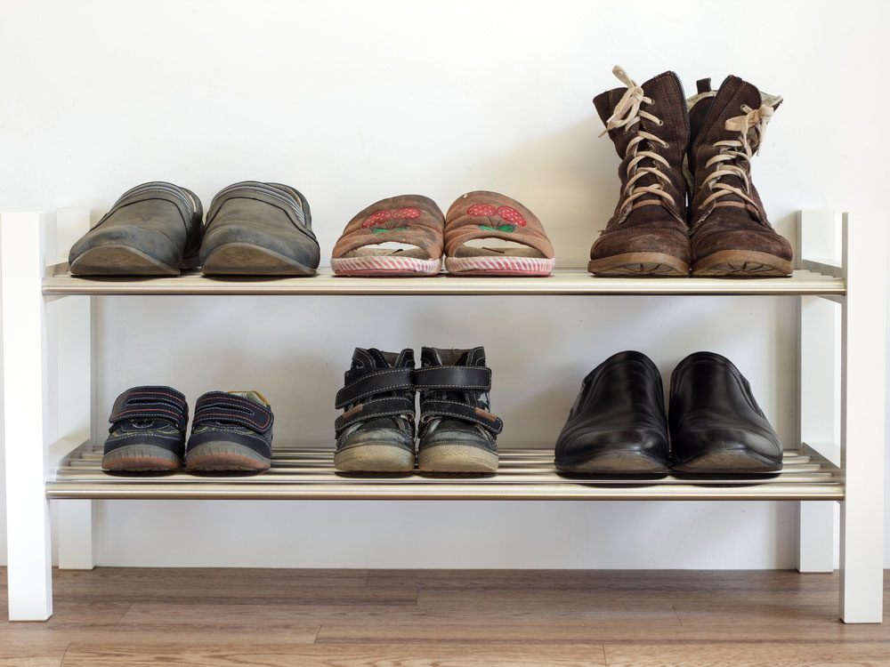 Shoe rack with shoes