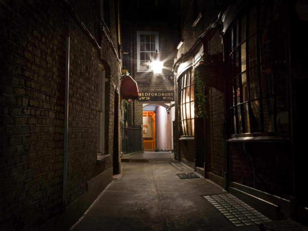Old-fashioned London alleyway