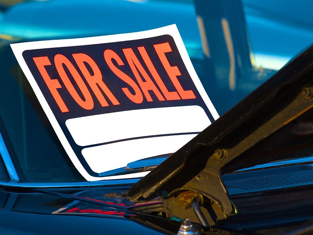 Avoid cheesy for sale signs when selling a used car