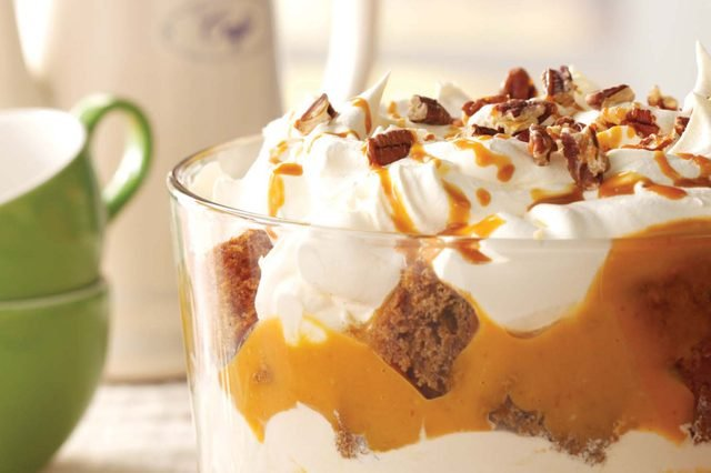 Gingerbread and pumpkin cheese trifle