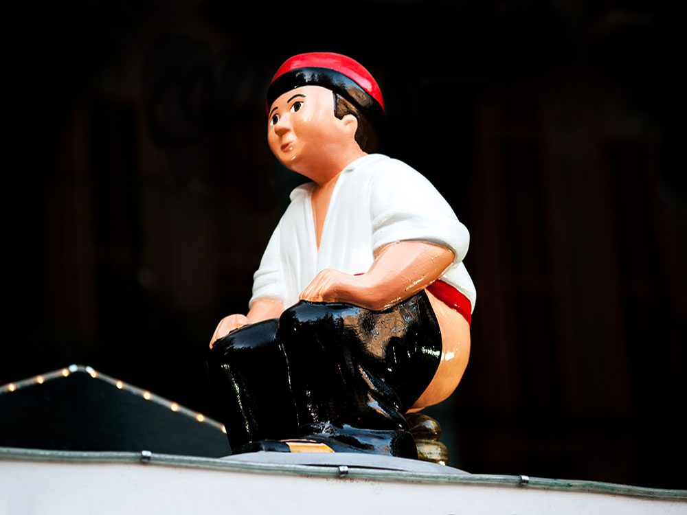 spain-caganer-unusual-holiday-traditions