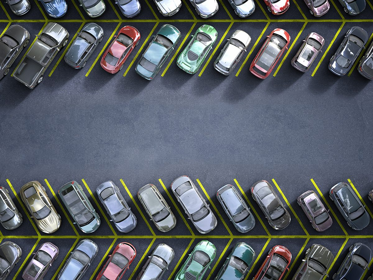 Mistakes that devalue your car - busy parking lot