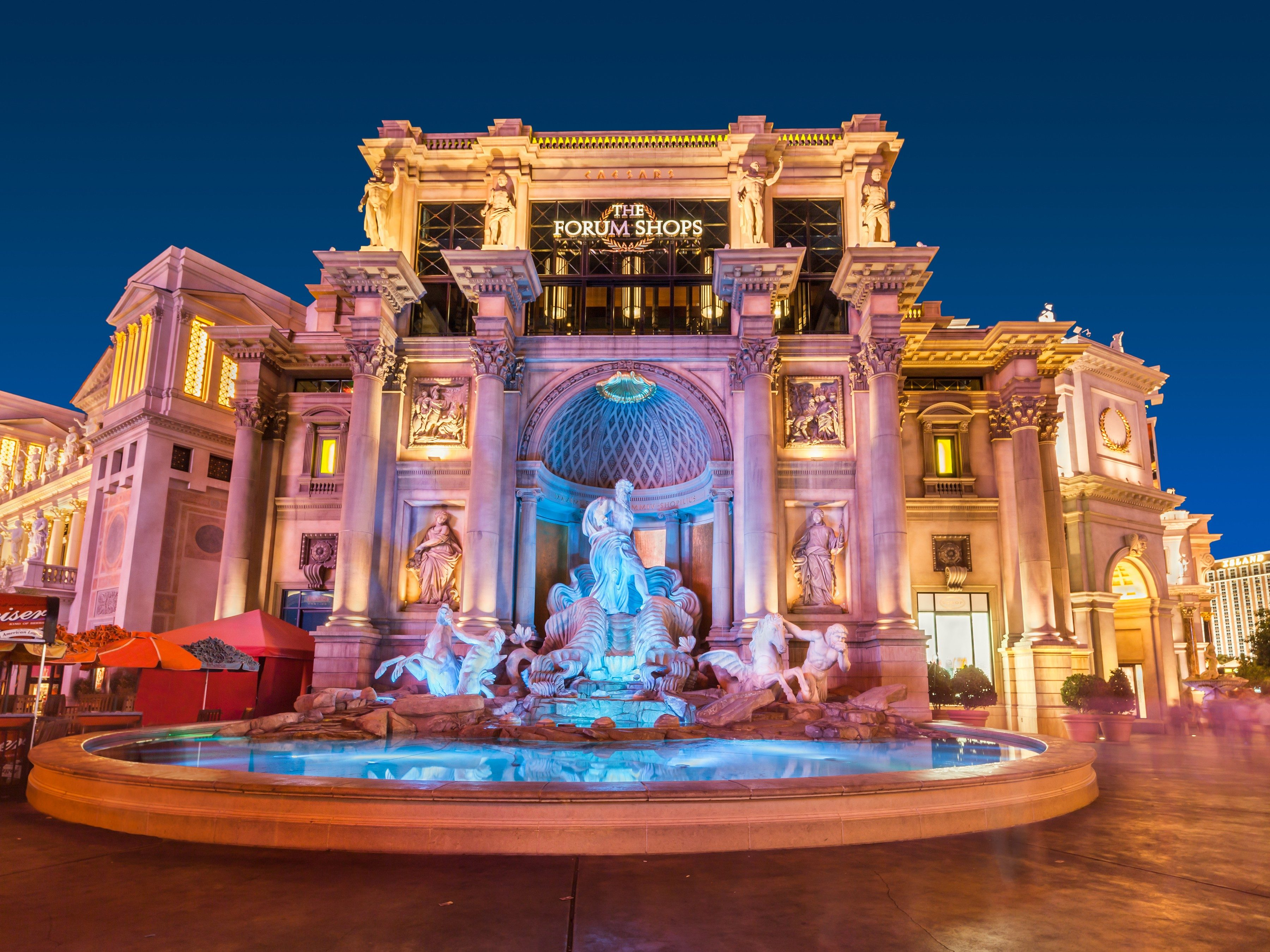 10 Amazing Reasons to Visit Las Vegas: The Forum Shops at Caesars