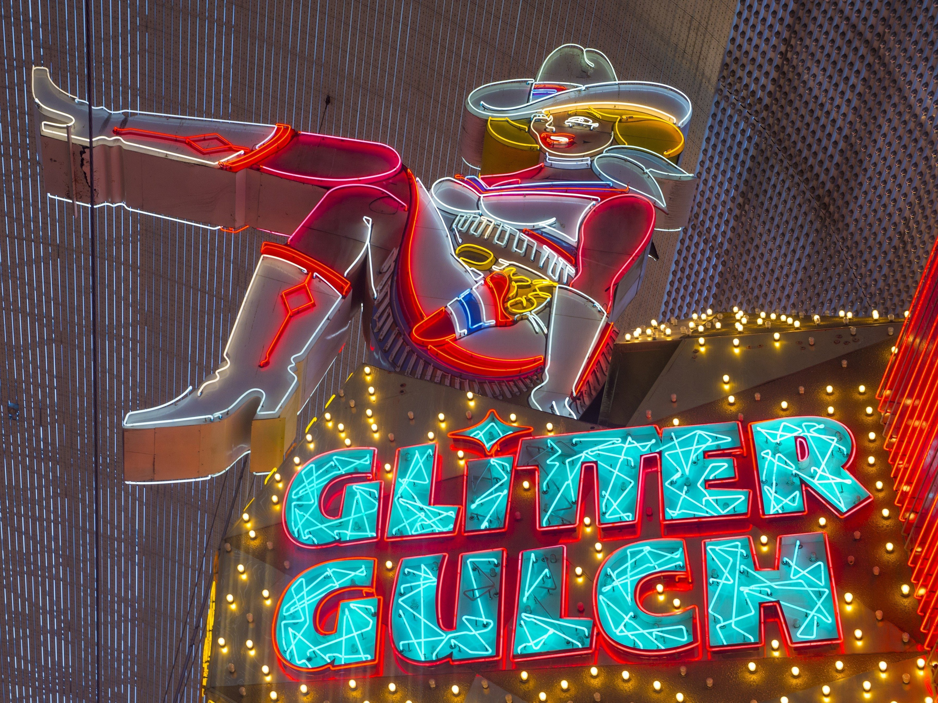 10 Amazing Reasons to Visit Las Vegas: Glitter Gulch