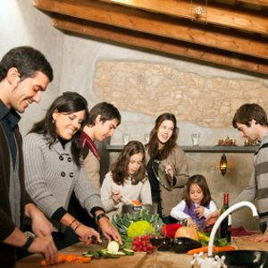 Tips for Organizing Family Reunions