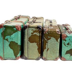 3.Choose a Distinctive Suitcase