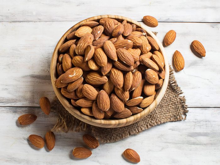 Superfoods for Your Heart: Almonds