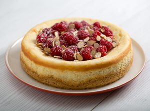 Almond Cheesecake with Raspberries