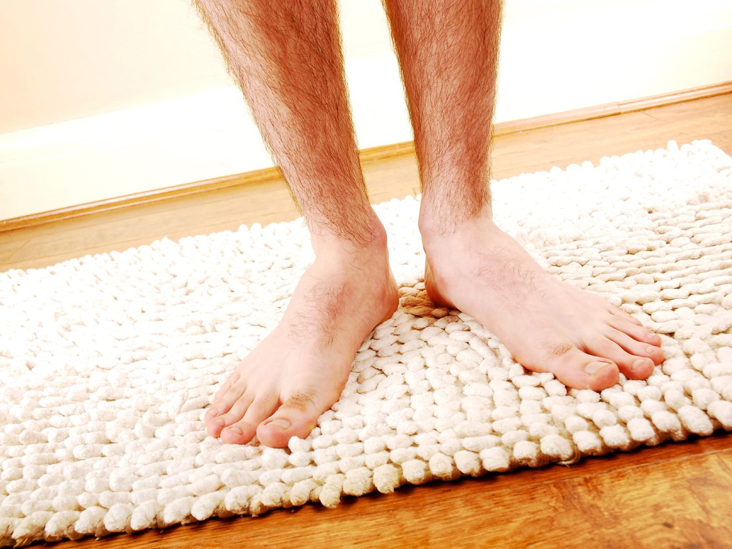 Clean Your Bathroom Mat With Ease