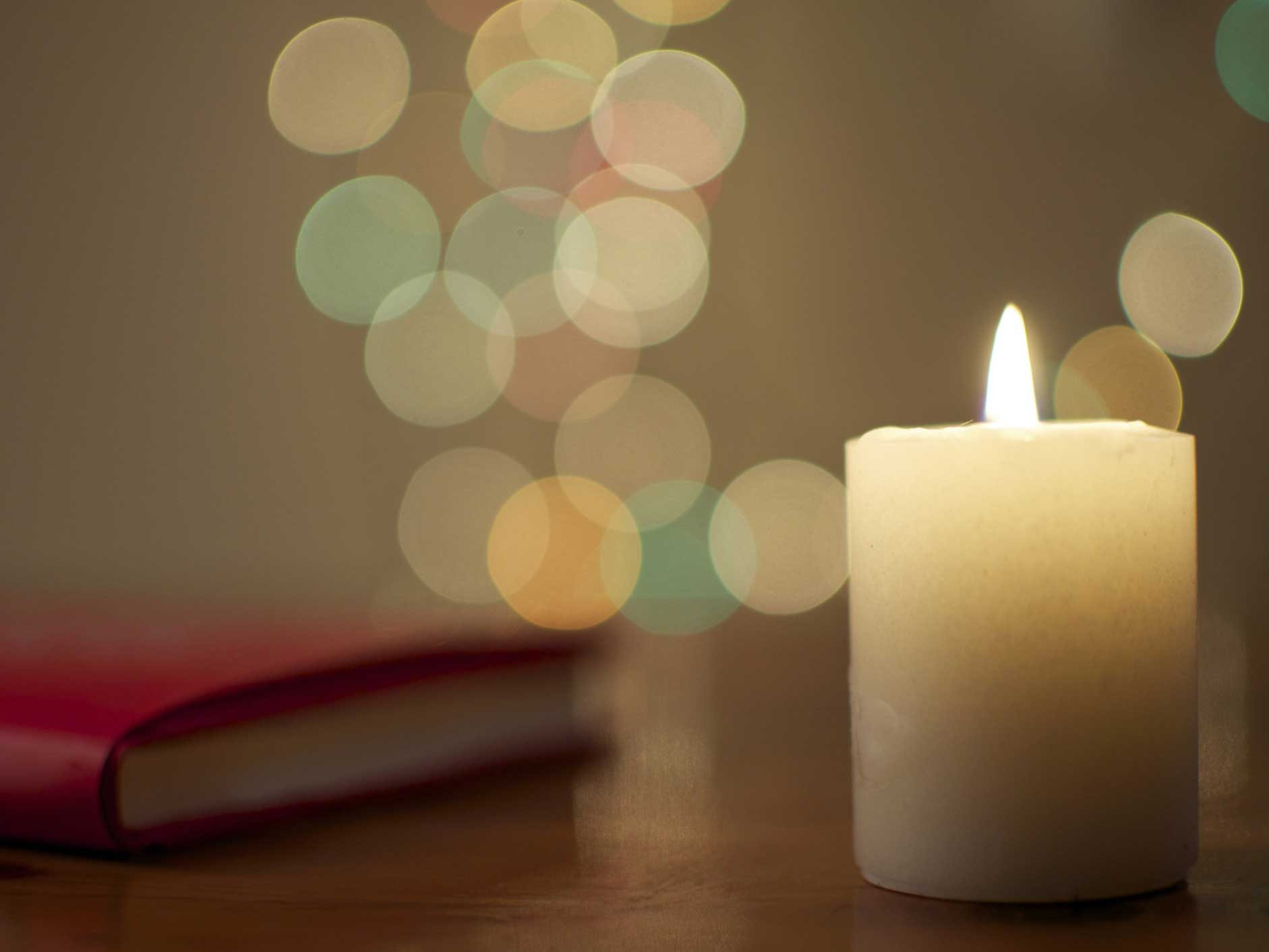 Light Scented Candles