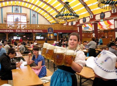 It's Possible to Carry 19 Steins at Once