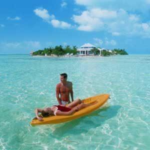 2. Cayo Espanto, Belize