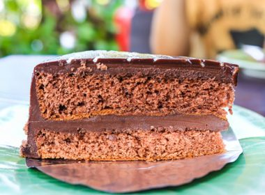 Gluten-Free Chickpea-Chocolate Cake