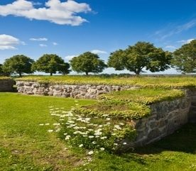 How to Build a Dry Stone Wall on Your Landscape