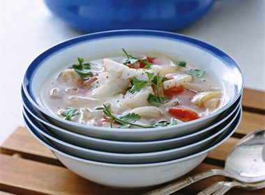 Quick Fish Chowder With Tomato & Fennel