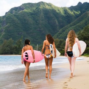 3. It's the Birthplace of Surfing