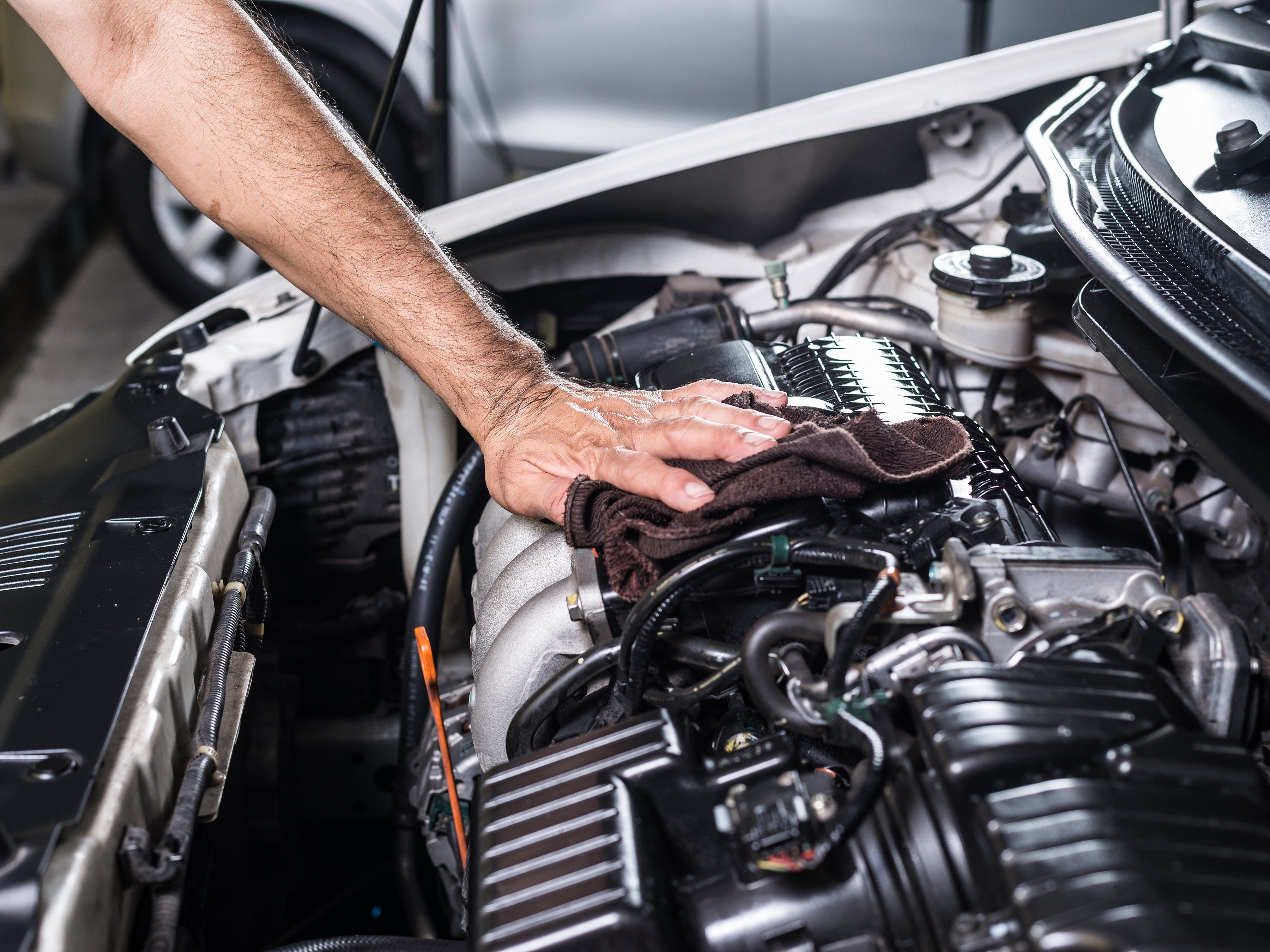 How to Clean a Greasy Car Engine