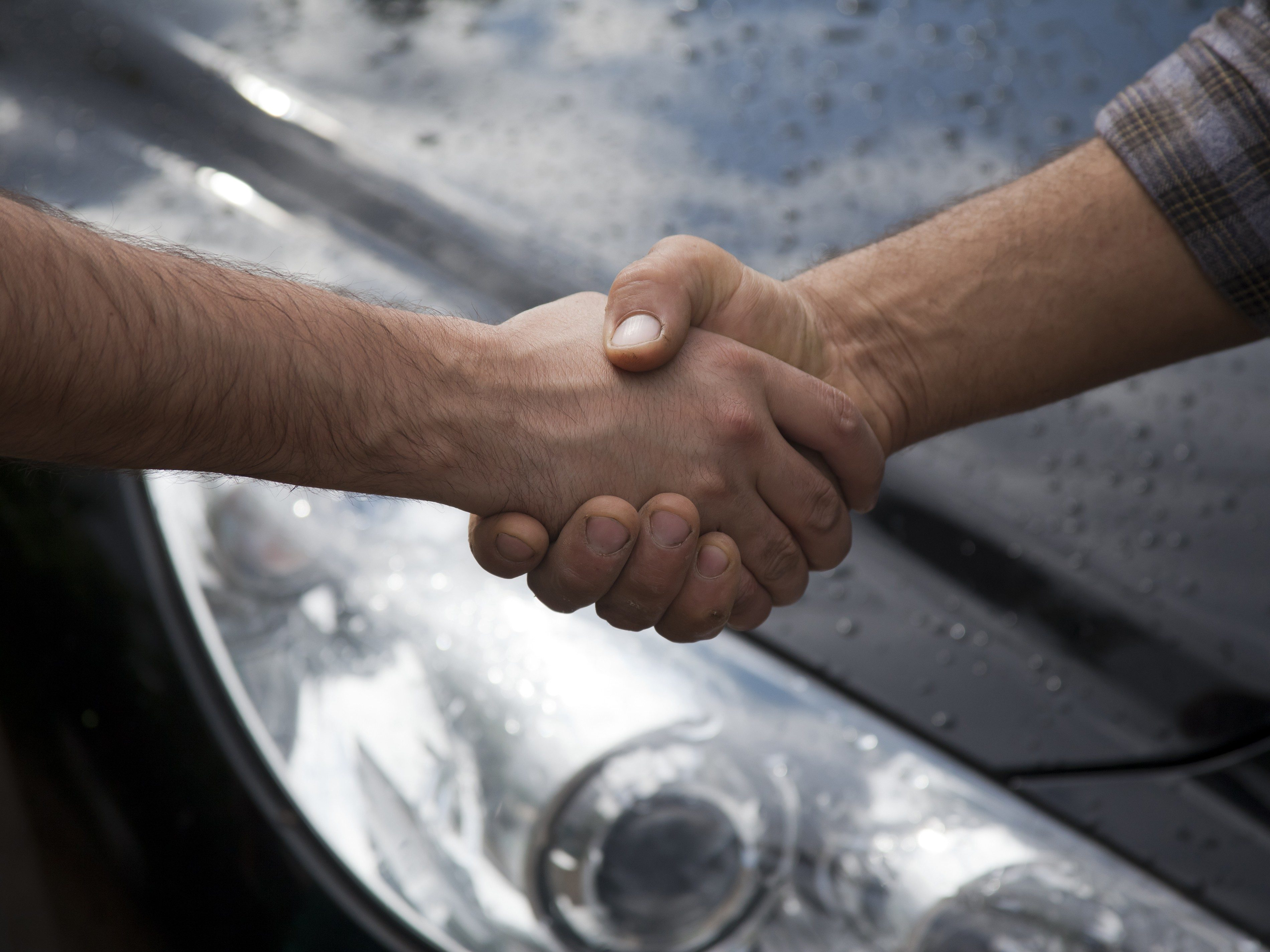How to Navigate the Used Car Market
