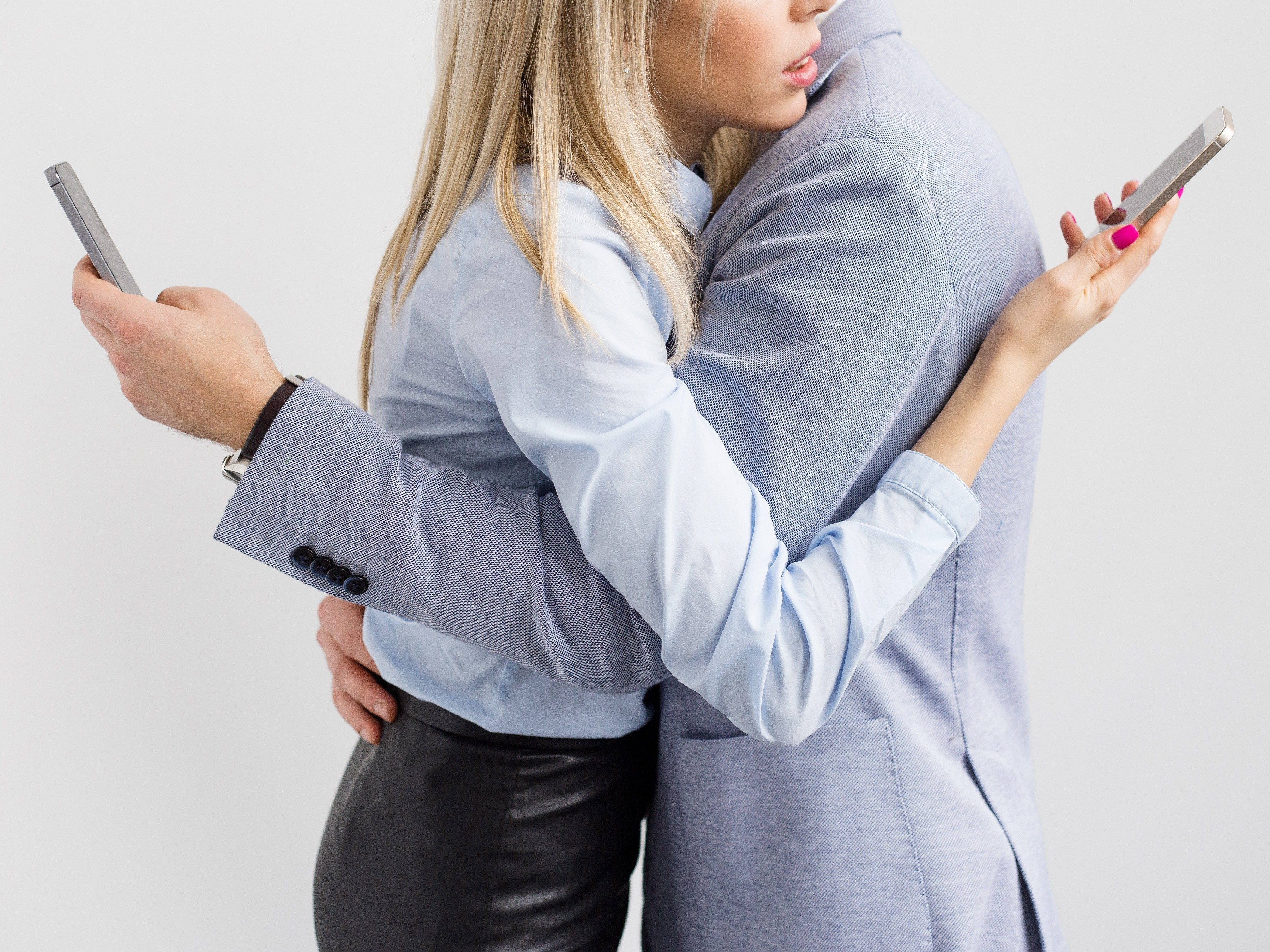 How to Prevent Technology from Ruining Your Relationship