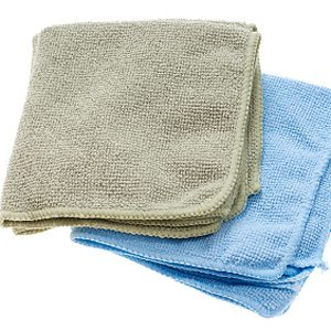 2. Carry Wet Washcloths for Cooling Off