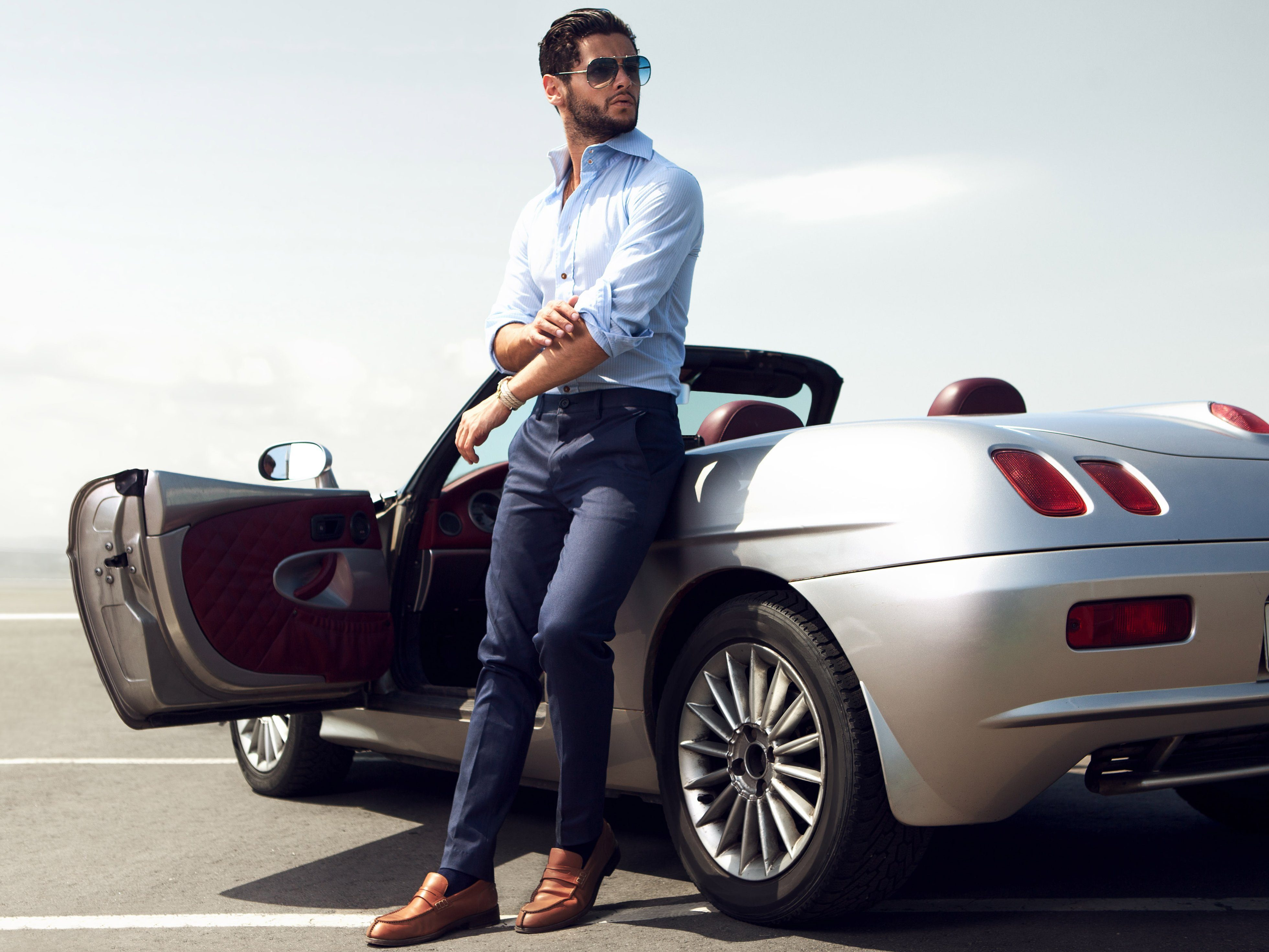 Essential Apps for Luxury Car Lovers: Canadian Black Book