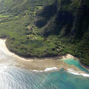 1. Ke'e Beach and Kalalau Trail