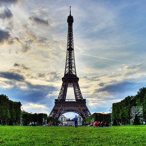 6. Summer Travel Tips: Understand Seasonal Travel Trends