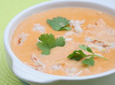 Creamy Crab and Sweet Pepper Bisque