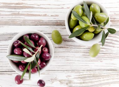 Olive Oil Can Clear Your Skin