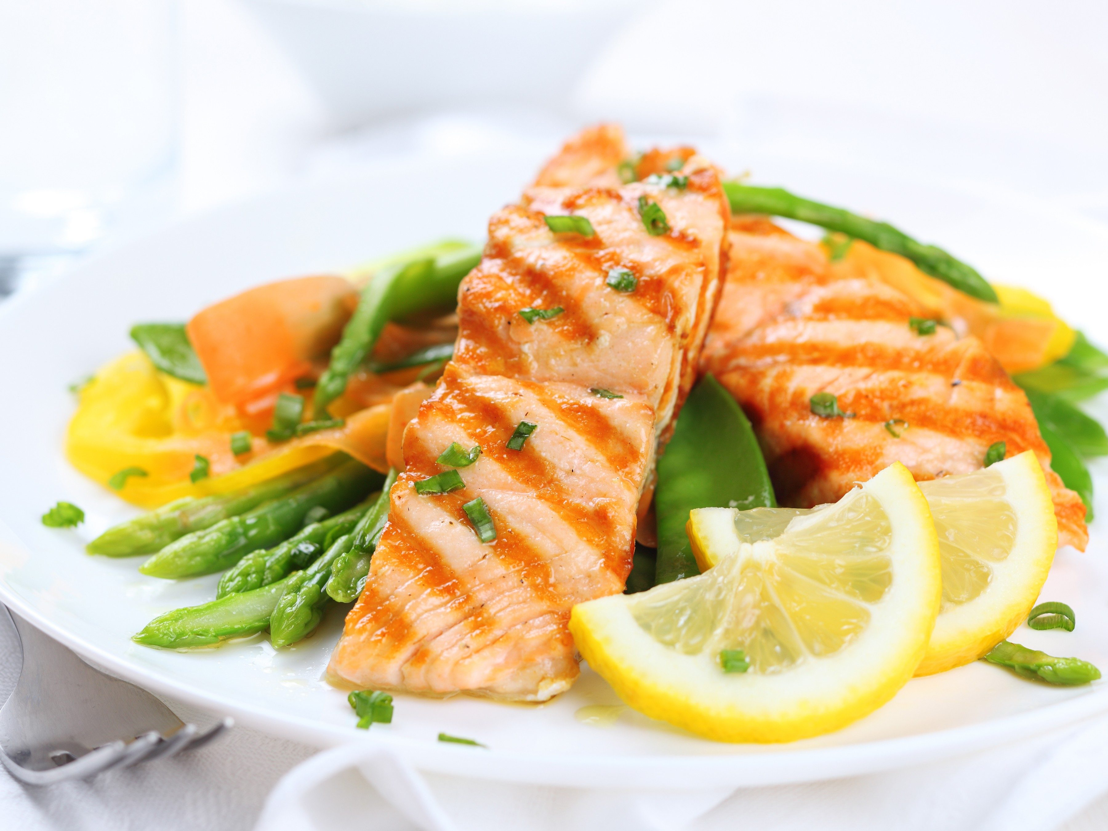 1. Prevent memory loss by eating a brain-healthy diet