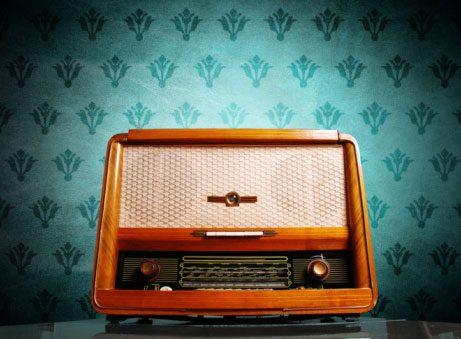 Hunt for Vintage Electronics at Grandma's