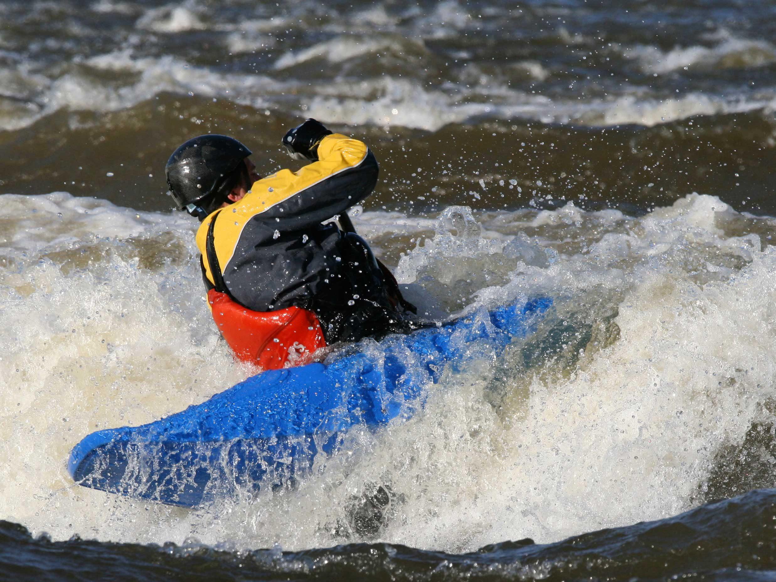 Kayak the Ottawa River - Ontario