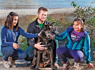River Rescue: The Hero Dog Who Saved a Drowning Girl