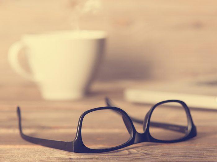Use Gum to Repair Glasses