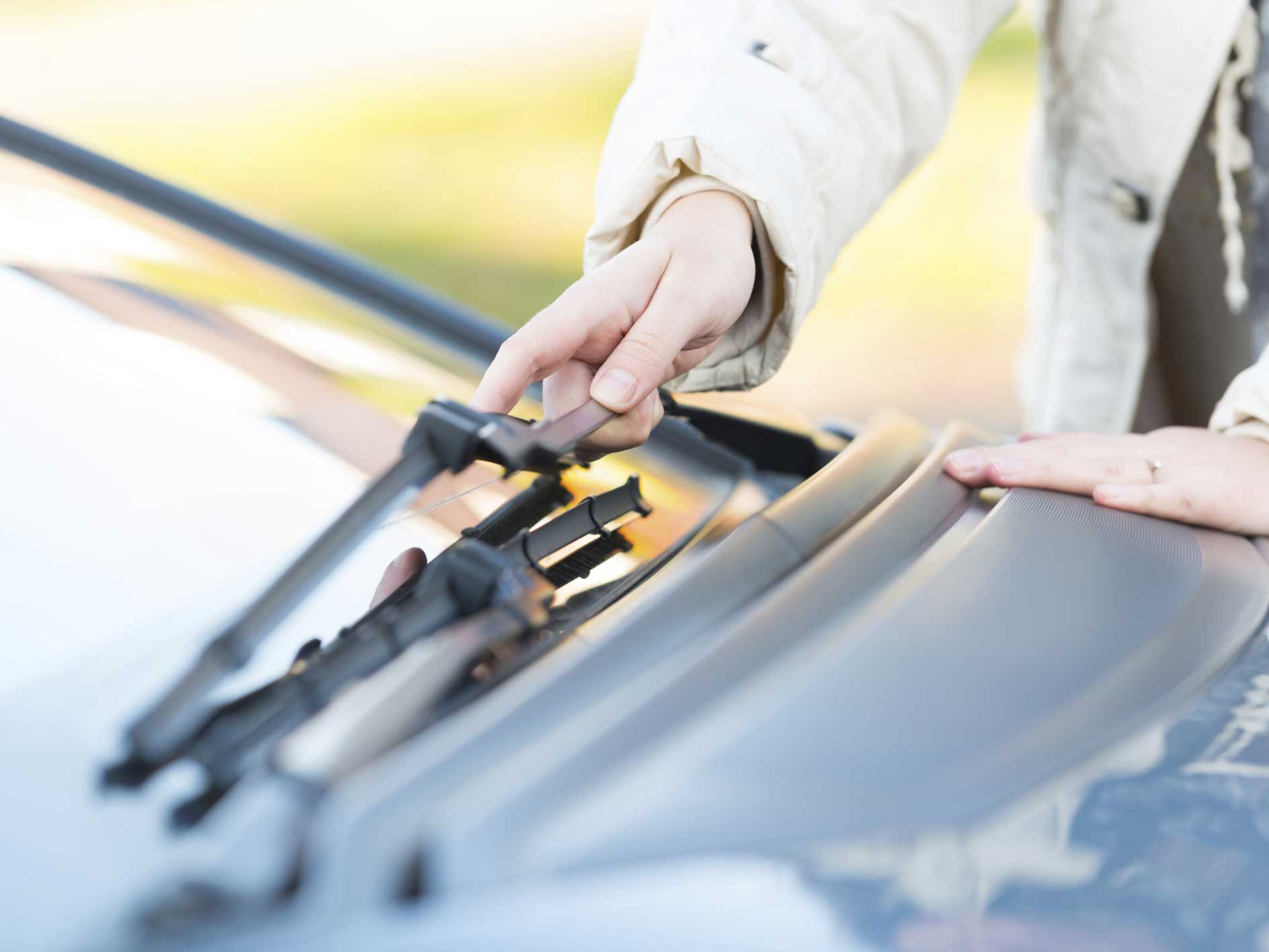 Make Sure Your Windshield Wipers Are Winter-Ready