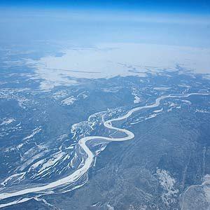 8. Alberta has a National Park Larger Than Switzerland