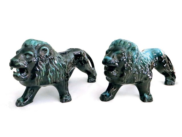 Two Blue Mountain Pottery lion figures