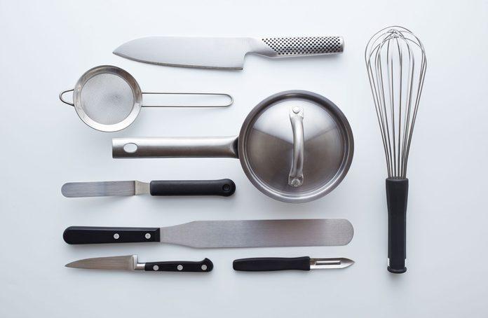 Kitchen utensils for Airbnb hosts
