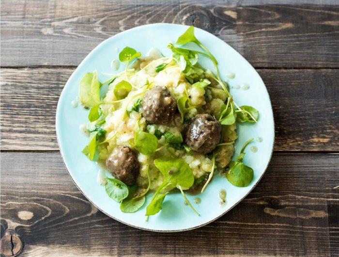 Purslane Stew with Meatballs