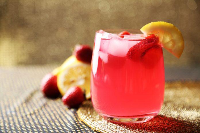 Strawberry lemonade