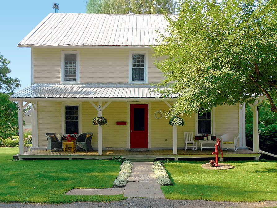 Century home in historic Williamstown, Ont.