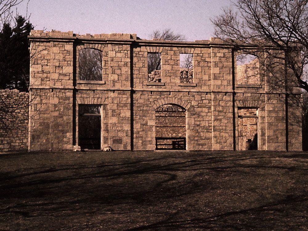Hamilton's Hermitage ruins