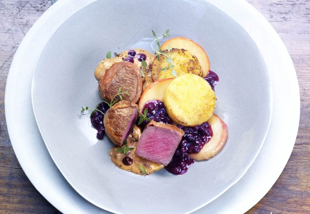 Venison medallions with wild blueberry sauce